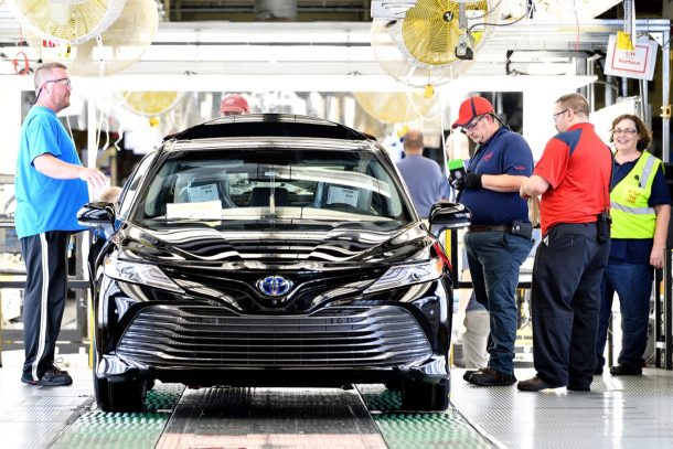 German Automakers Stand To Gain The Most If China Trims Us Auto Tariffs