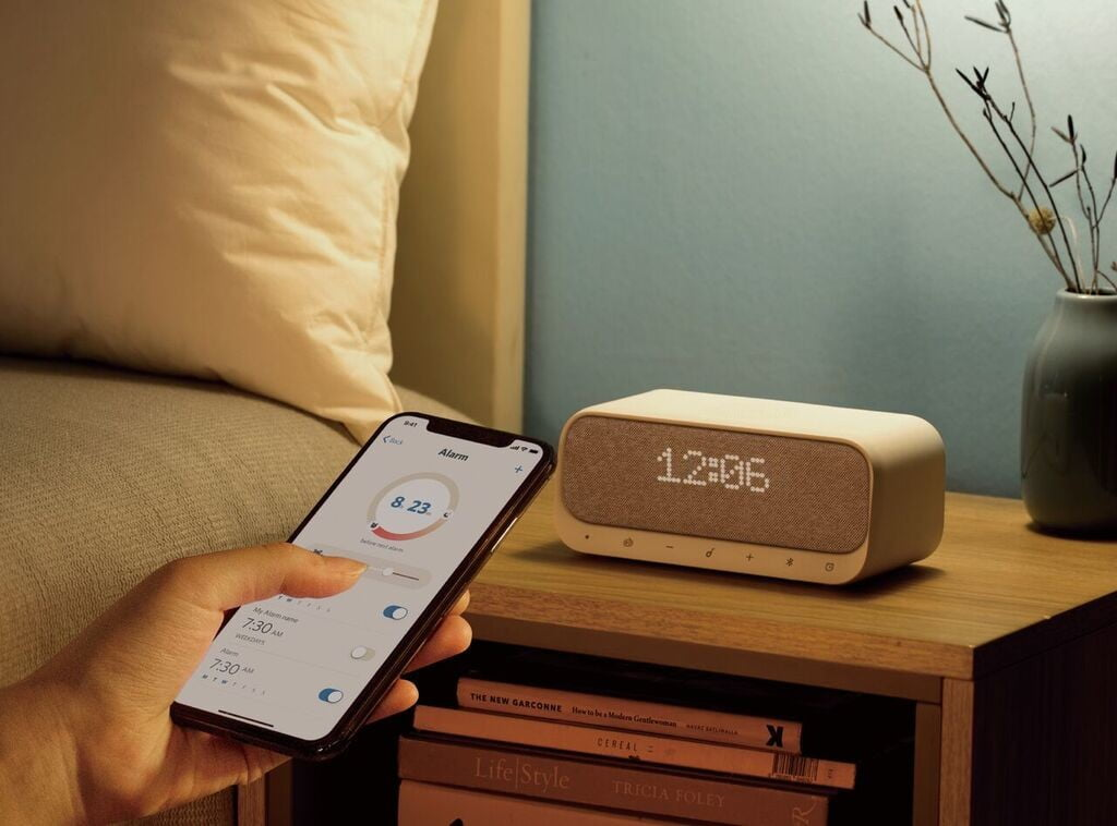 Anker's Wireless Alarm Clock Is Worth A Glance